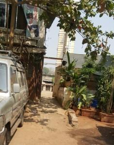 मुंबई पुलिस का हवलदार खुद चला रहा जुए का अड्डा,स्थानी पुलिस की मदद से