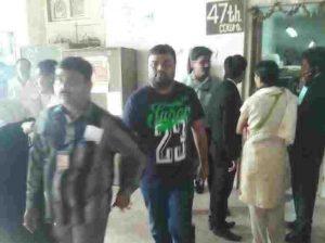 टोल का झोल प्रकरण , Bombay Leaks की ख़बर का असर , ऑक्ट्रॉय के नाम पर वसूली करने वाले दो बीएमसी कर्मचारी सस्पेंड