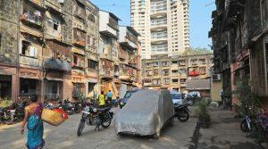 2000 गैर पुलिस वालों ने मुंबई पुलिस के सरकारी क्वार्टर्स पर जमाया गैर कानूनी क़ब्ज़ा ,  हर साल 100 करोड़ रूपए का लगाते हैं मुंबई पुलिस पुलिस को चूना , मुंबई पुलिस घर खाली कराने में लाचार