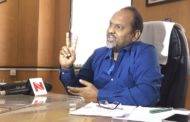 बीएमसी ने जिस बिल्डर को ब्लैक लिस्टेड किया , महाराष्ट्र सरकार के मंत्री महादेव जानकर उसे अवार्ड से सम्मानित करेंगे